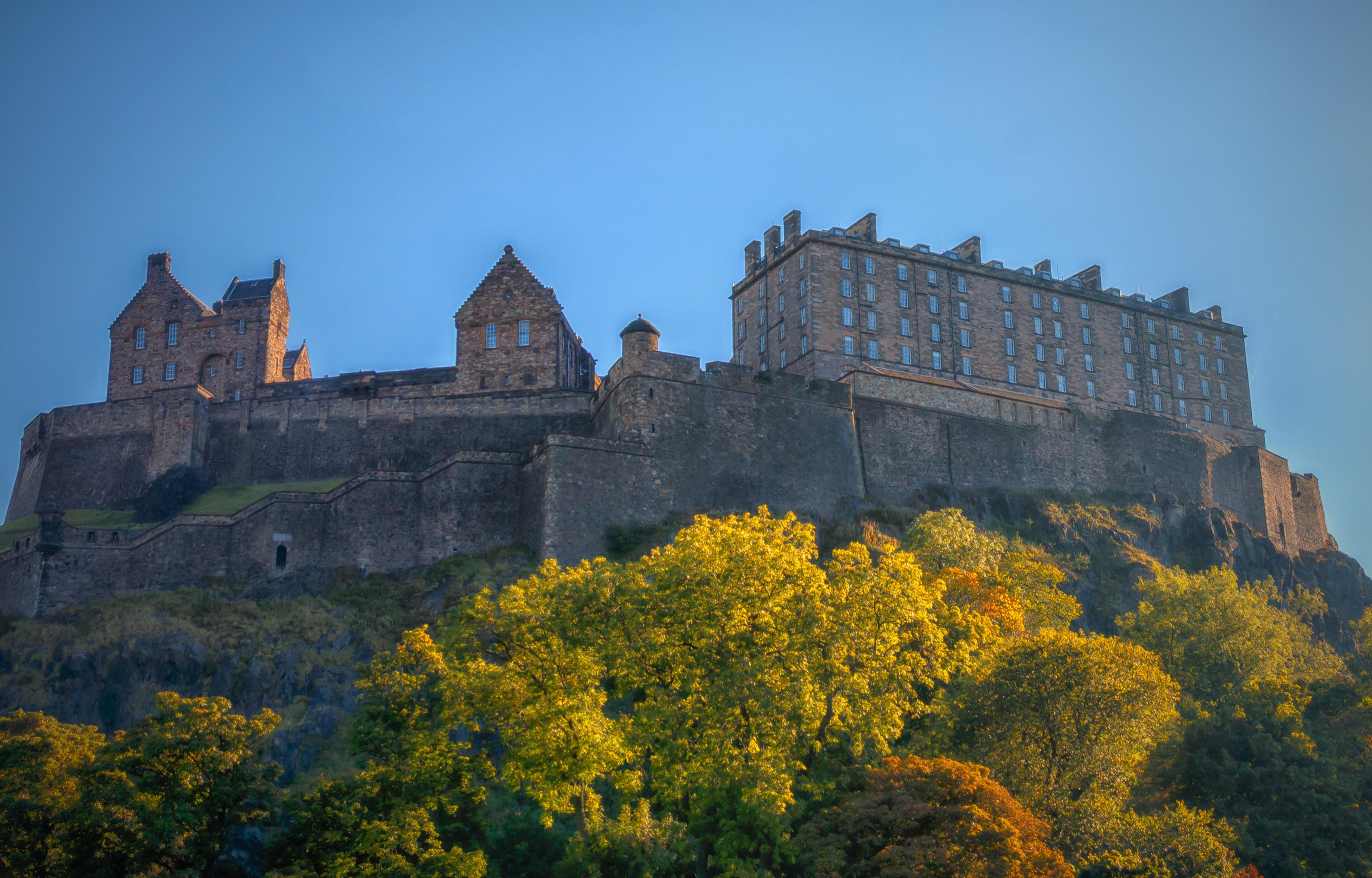 Edinburgh_Castle.jpg